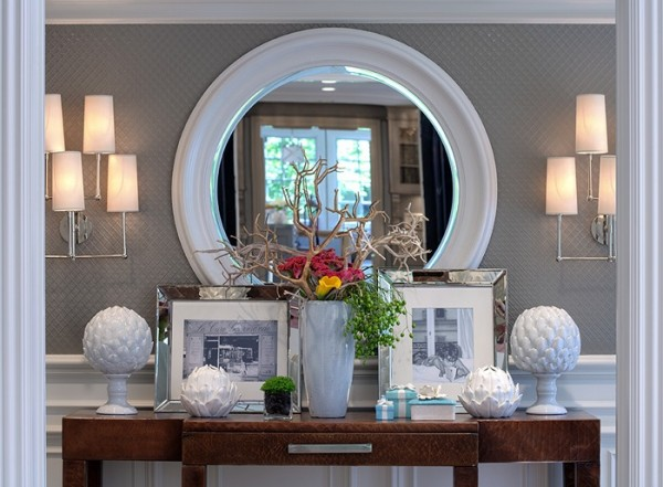 Remodelaholic 25 ways to decorate a console table - Decorating entrance ways ...