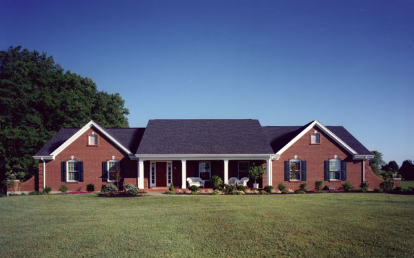 Remodelaholic 5 classic home exterior styles - What is a ranch style home ...