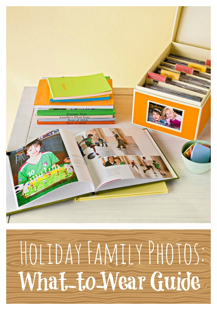 Make family pictures easy this year. Holiday Family Photos: A What-to-Wear Guide from tipsaholic.com #familyphotos #family #holidayphotos #holiday