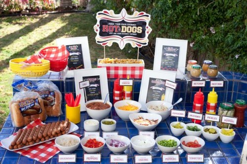 hot dog station patriotic bbq ideas