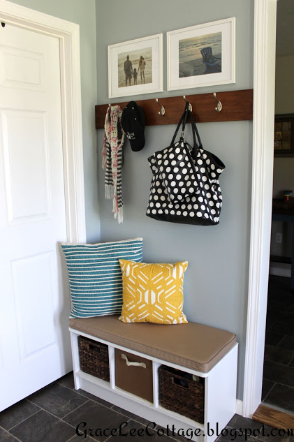 A mudroom can come in all shapes sizes and colors. Not sure what type of mudroom is right for your family? Check out these creative mudrooms for some inspiration from tipsaholic.com #mudroom #getorganized #organization #home