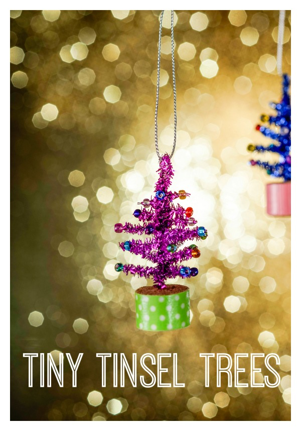 Small tannenbaums with bold colors and lots of sparkle have a big impact on a tree. Love a good tinsel tree? Create some tiny tinsel trees using metallic pipe cleaners. Keep the kids busy and enjoy some quality time together. - tipsaholic.com #trees #tinsel #diy #crafts #kids #ornaments