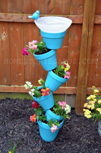 A birdbath will bring more life to your backyard. Why not make one yourself? Here are 10 easy DIY bird bath ideas that can be achieved in a weekend or less. 12 Fun and Easy DIY Birdbath Ideas via @tipsaholic #birdbath #diy #birds #garden
