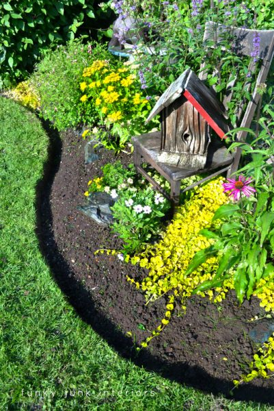 Lovely Increase The Beauty Of Your Lawn By Adding Garden Edging That Works Well  With The Style