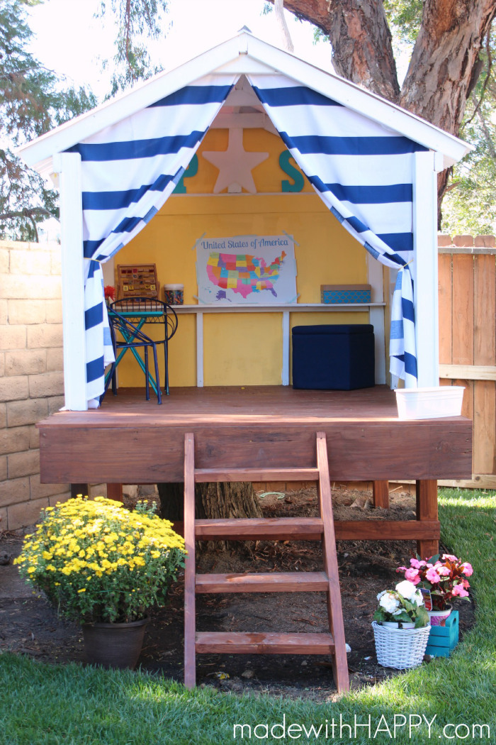 Summertime is perfect for fort building. Elaborate or simple, kids love a  great secret - 25 DIY Forts To Build With Your Kids This Summer - Tipsaholic