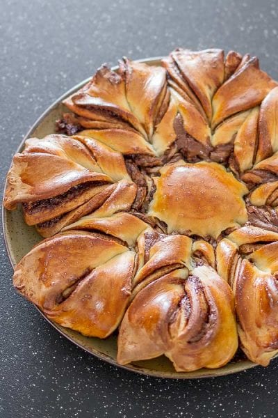 nutella twist pull apart bread recipe